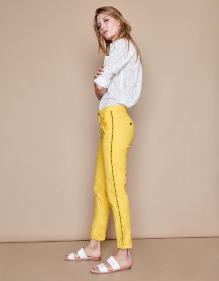 Pantalon chino Sandy Herring - MUSTARD