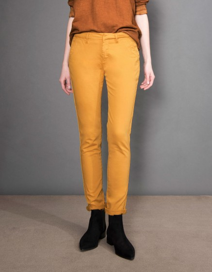 Chino Trousers Sandy Basic - CUMIN